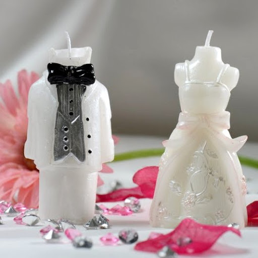 bougies mariage bougie flottante et boules un jour sp cial. Black Bedroom Furniture Sets. Home Design Ideas