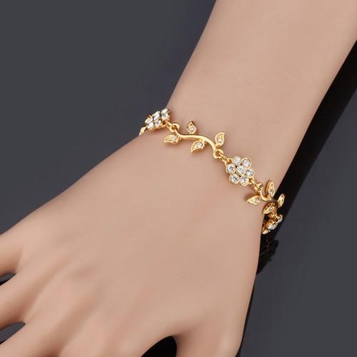 Simple gold chain bracelet for women