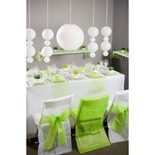 housse de chaise blanche avec noeud vert anis mariage un jour sp cial. Black Bedroom Furniture Sets. Home Design Ideas