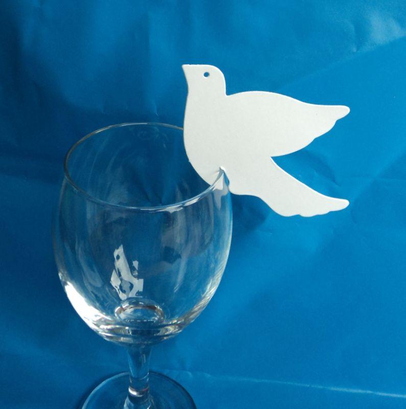 Marque place colombe blanche cartonn e th me mariage for Porte nom a imprimer gratuitement
