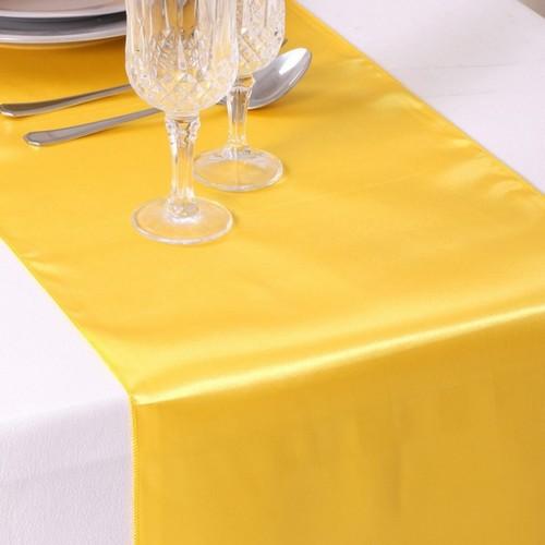 5 chemins de table satin jaune d coration de mariage un for Chemin de table jaune
