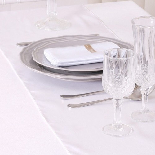 Décoration de Table  - Chemin de Table Mariage Satin Blanc (Lot de 5) : illustration