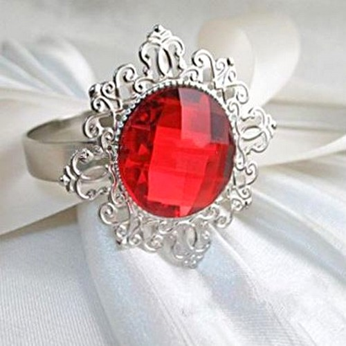 Décoration de Table Mariage  - Bague Diamant Rouge Ronds de Serviette de Table Décoration ... : illustration