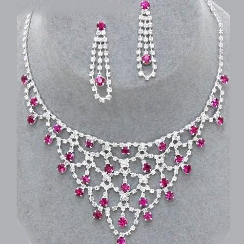 Parure bijoux mariage cristal fushia ton argent for Robes de mariage en argent