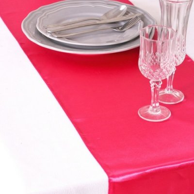 Décoration de Table Mariage  - Chemin de Table Mariage Satin Fuchsia (Lot de 5) : illustration