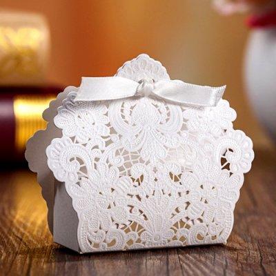 10 bo tes drag es carton dentelle mariage pas cher d co accessoires salle de mariage un. Black Bedroom Furniture Sets. Home Design Ideas